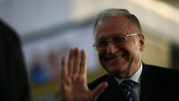 Ion Iliescu a fost operat la inimă. În ce stare este fostul președinte