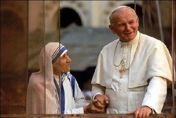 Cele mai puternice rugăciuni pe care Papa Ioan Paul al II-lea le spunea.  14 ani de la moartea acestuia