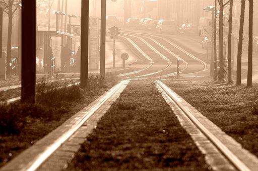 Circulatia pe cea mai aglomerata linie de tramvai din Bucuresti, SUSPENDATA! Ce alternative au calatorii