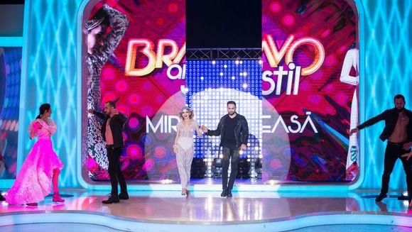 "In aceasta seara, la Gala ""Mireasa"", de la ora 23:00, la Kanal D Bat clopotele de nunta, la ""Bravo, ai stil!""?"