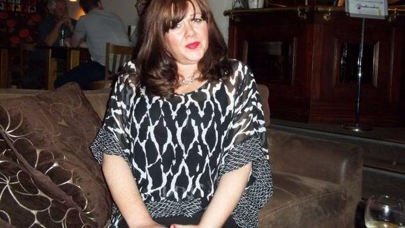 A murit la numai patru zile după ce a fost diagnosticată cu cancer ovarian. A ignorat o perioada aceste simptome și după a fost prea târziu pentru ea