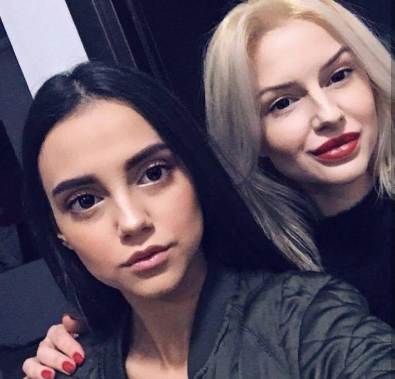 larisa si sora ei