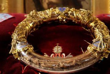 MIRACOL! Cine a salvat Coroana de Spini a lui Isus din incendiul de la Catedrala Notre-Dame