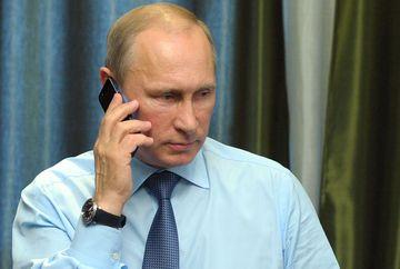 """Vladimir Putin: """"Tragedia de la Catedrala Notre Dame este o durere în inima rușilor. Suntem gata să trimitem cei mai buni specialiști"""""""