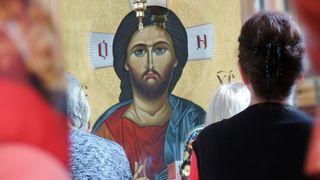 46 de păcate care sunt iertate prin spovedanie, dar ne opresc de la împărtășanie