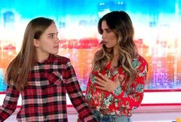 """Lili Sandu, intr-o ipostaza inedita! Prezentatoarea TV a fost gazda Kanal D pentru elevii unei scoli din Ramnicu Valcea, in cadrul programului educational """"Scoala Altfel""""!"""