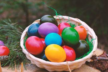 În ce zi se vopsesc, de fapt, ouăle de Paște. Greșeala pe care o fac gospodinele