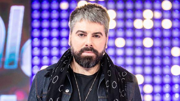 """Maurice Munteanu a picat de patru ori examenul la Actorie. Care au fost motivele invocate si ce cantarete celebre au luat examenul cu nota 10?Maurice Munteanu, marturisiri din adolescenta, la """"Vulturii de noapte""""!"""