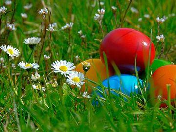 Revin ploile? Cum va fi vremea în minivacanța de Paște și de 1 Mai