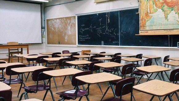Anunț de ultimă oră pentru elevi! Câte clase de liceu dispar