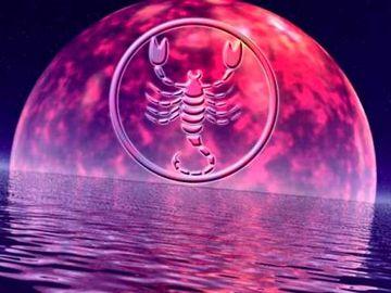 Ce aduce luna ROZ in Saptamana Mare? 4 zodii renasc din propria cenusa!
