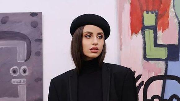 """Prima reactie a Iulianei Doroftei, dupa aflarea teribilei vesti despre moartea designerului Razvan Ciobanu, pe care il intalnise de curand la un eveniment monden: """"Nu am cuvinte, nu pot sa cred, inca nu pot sa imi revin!"""""""