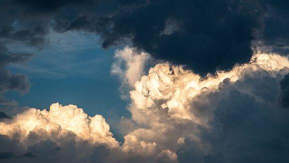 Cât mai țin vijeliile și vremea rea. Meteorologii au făcut anunțul