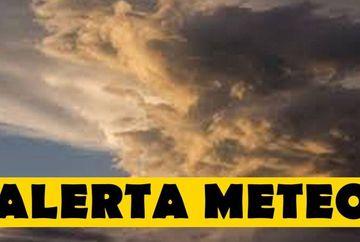 Alertă meteo:  Cod rosu de ploi si vant cu aspect de TORNADA. Pericol mare de inundații