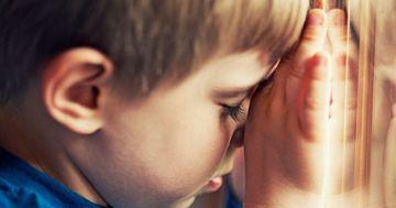 """Mesajul sfâșietor al unui băiețel bolnav de autism:""""Mi-aș dori ca mama să mă omoare"""""""