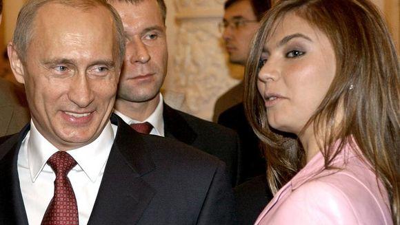 Marele secret al lui Putin: a devenit din nou tătic. AMANTA i-ar fi născut gemeni