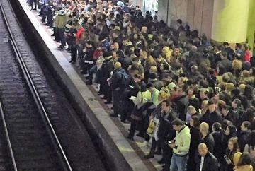 Probleme la metrou in aceasta dimineata! Zeci de bucuresteni, BLOCATI in subteran