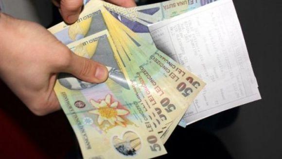 E oficial: se dau bani lunar pentru plata apartamentelor luate prin credit