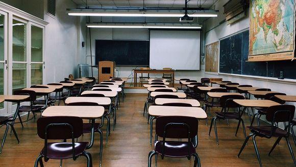 Cursuri suspendate în școli, săptămâna viitoare. Câte zile libere vor avea elevii