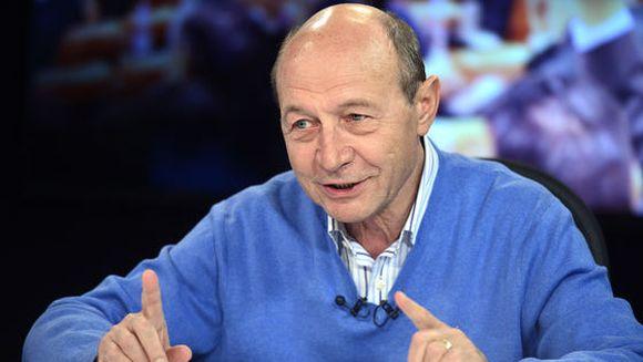 Basescu, despre Dragnea: Era paralizat de spaima, lipsa de sange rece s-a vazut duminica
