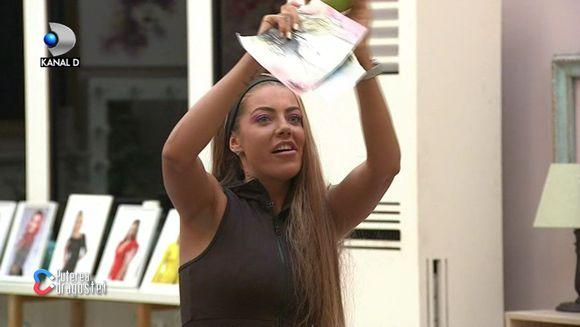 "Roxana, atac dur la adresa rivalei sale, Ana-Maria! Afla cum va reactiona Bogdan Mocanu si cui ii va lua apararea, ASTAZI, intr-o editie incendiara ""Puterea dragostei"", de la ora 11:00 si 17:00, la Kanal D!"
