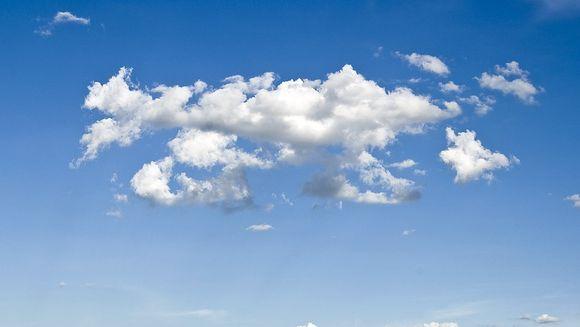 Caniculă sau ploi torențiale? Cum va fi vremea în minivacanța de Rusalii