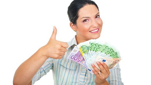 Veste buna! Cat a ajuns un euro la CURSUL VALUTAR