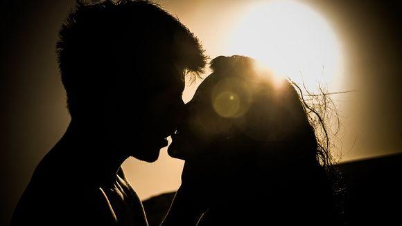 4 întrebări fierbinţi despre sex lămurite de sexologi