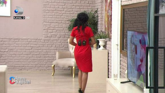Concurentii si-au iesit din minti: ''Chatisto ce esti!'' Andreea Mantea a parasit emisunea: ''Nu sunt obligata sa suport asa ceva!''