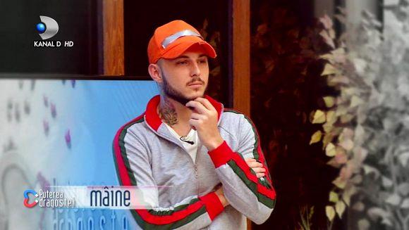 Alex Zanoaga, favoritul saptamanii din partea baietilor? Ce a facut Simina pentru ca Alex sa iasa pe primul loc? Urmariti totul in editia de vineri, de la 11:00 si de la 17:00, pe Kanal D
