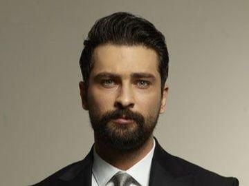 """Onur Tuna din serialul de la Kanal D, """"Pretul fericirii"""": """"Sunt un barbat romantic si nu imi este rusine sa arat acest lucru!"""""""