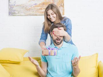 Cum sa iti impresionezi partenerul cu un super cadou
