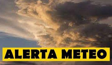 ALERTĂ METEO. Furtuni puternice în sud, sud-est şi la munte şi temperaturi de până la 33 de grade. Cum va fi vremea mâine şi în weekend