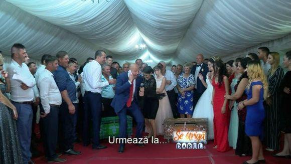 """Andreea Mantea, bonă din întâmplare? Mihai Mitoşeru i-a copt-o!Sambata, la """"Se striga darul"""", se incing spiritele intre cei doi prezentatori, in batalia cuferelor"""