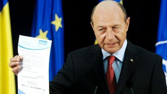 """Traian Băsescu anunta dezastrul privind Legea Pensiilor: """"Fratilor, ma predau. Nu pot!"""""""