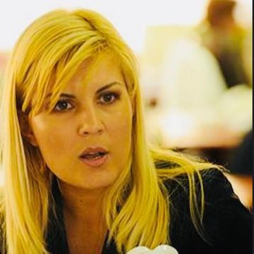 "Elena Udrea: ""Da, m-am intors in Romania. Am vrut sa..."""