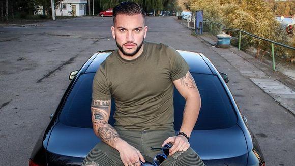 """Andy de la """"Puterea dragostei"""" își vinde bolidul de lux pe o sumă incredibilă! Uite câți bani cere pe mașina"""