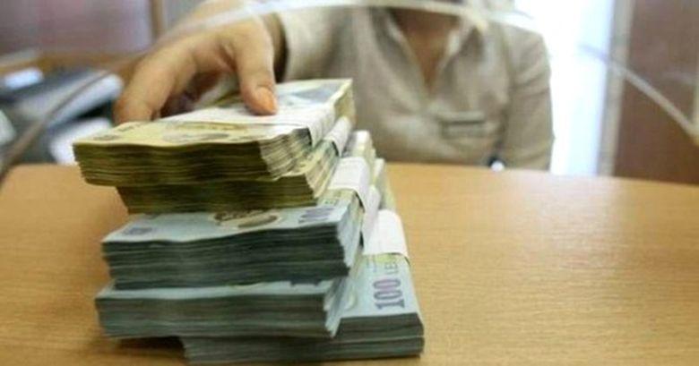 Saraca tara bogata! Mii de români au pensii speciale. Cine sunt cei care încasează lunar sume fabuloase