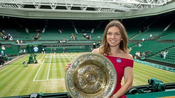 """Simona Halep, """"jefuită"""" de englezi! Cu cati bani se intoarce acasa Simo din premiul castigat la Wimbledon"""