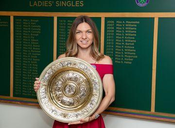 FOTO. Simona Halep mai eleganta ca niciodata! Ce rochie a purtat campioana nostra la Balul Campionilor de la Wimbledon