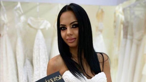 Stefania a imbracat rochia de mireasa! Primele imagini cu fosta concurenta ''Puterea dragostei''