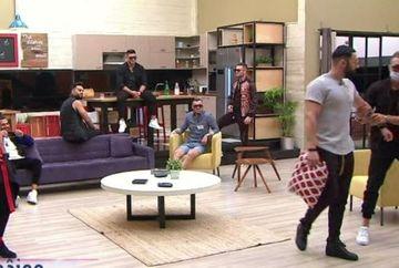 """Reactii necontrolate in casa baietilor: rivalitatile dintre Jador si Turcu ating cote alarmante! """"Daca ati venit aici pentru scandal, iesiti acasa!"""" Iata cum au ajuns cei doi concurenti la un pas de bataie!"""