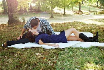 Cea mai noua si incitanta practica amoroasa a ajuns in Romania. In ce consta jocul erotic ce a cucerit planeta