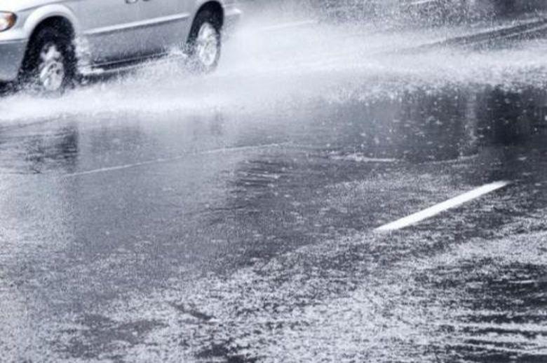 Ultima ora. Avertizare de la ANM: Cod GALBEN de ploi torentiale, descarcari electrice si grindina