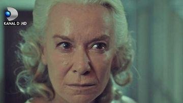 """Marele secret al Esmei este pe cale sa iasa la iveala! Afla la ce strategie va recurge rivala ei, Ulfet, in aceasta seara, intr-un nou episod din serialul """"Mireasa din Istanbul"""", de la ora 20:00, la Kanal D!"""