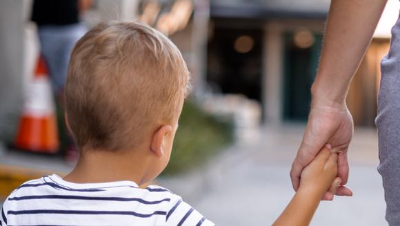 3 metode prin care sa convingi un copil sa mearga la stomatolog