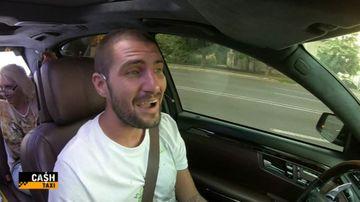 """Catalin Cazacu pregatit sa premieze pasageri isteti si pusi pe glume, in aceasta seara, intr-o editie de senzatie """"Cash Taxi"""", de la ora 23:00, la Kanal D"""