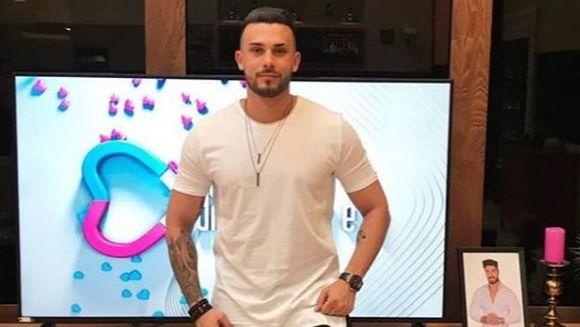 """Alexandru Bobicioiu, fostul concurent de la """"Puterea dragostei"""" a pus piciorul in prag! """"De astazi incepem..."""" Iata ce decizie radicala a luat carismaticul tanar, dupa revenirea in tara!"""