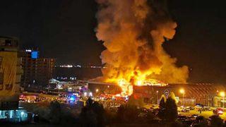 Incendiu devastator in Mamaia. Fostul club Bamboo a ars din temelii