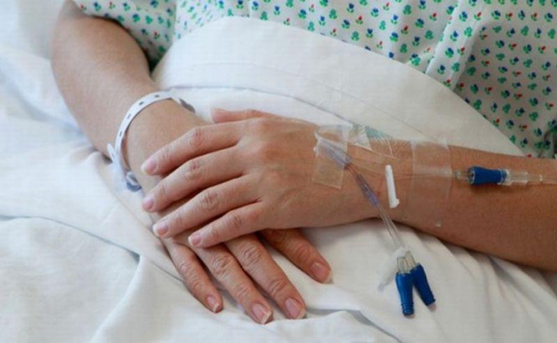 femeie spital